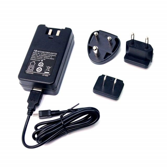 Alimentatore con adattatori di presa per pulsossimetro BT 710