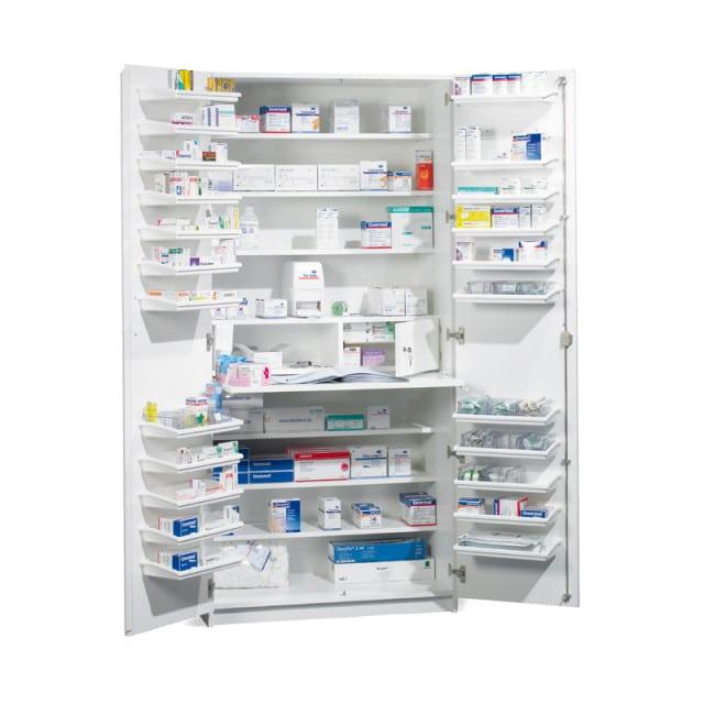 Armoire à pharmacie avec plaque coulissante dans la largeur de l'armoire