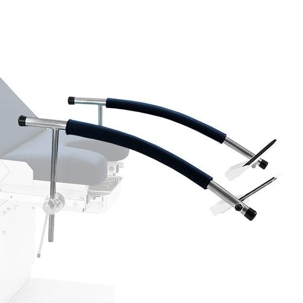 Gynäkologischer Untersuchungsstuhl mit Fußstützen zur Patienten-Positionierung