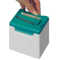 Quick dispenser for wound plasters