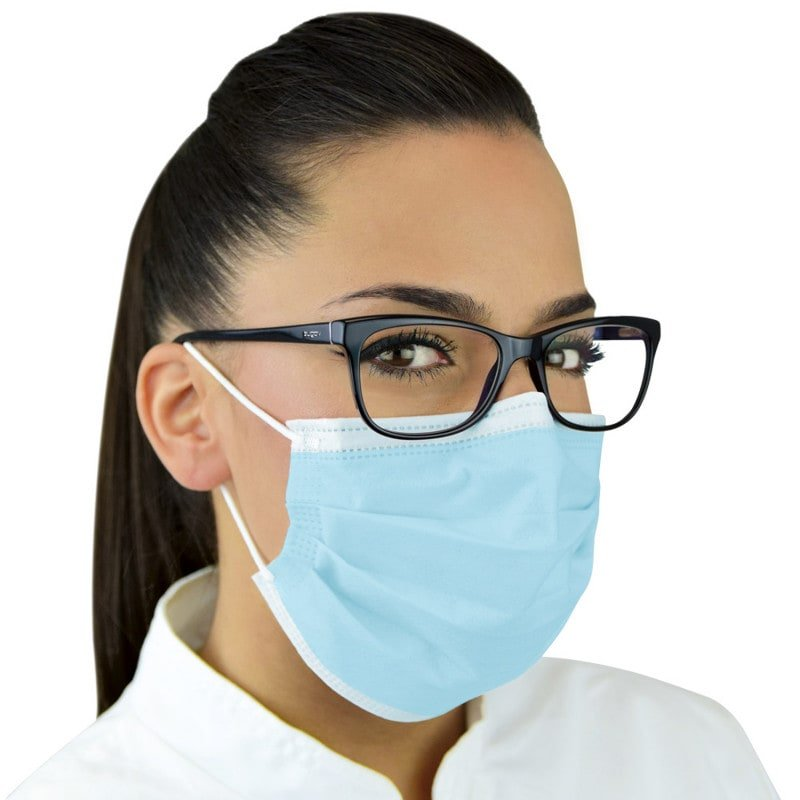 Type IIR surgical mask with high resistance against aerosols and liquids