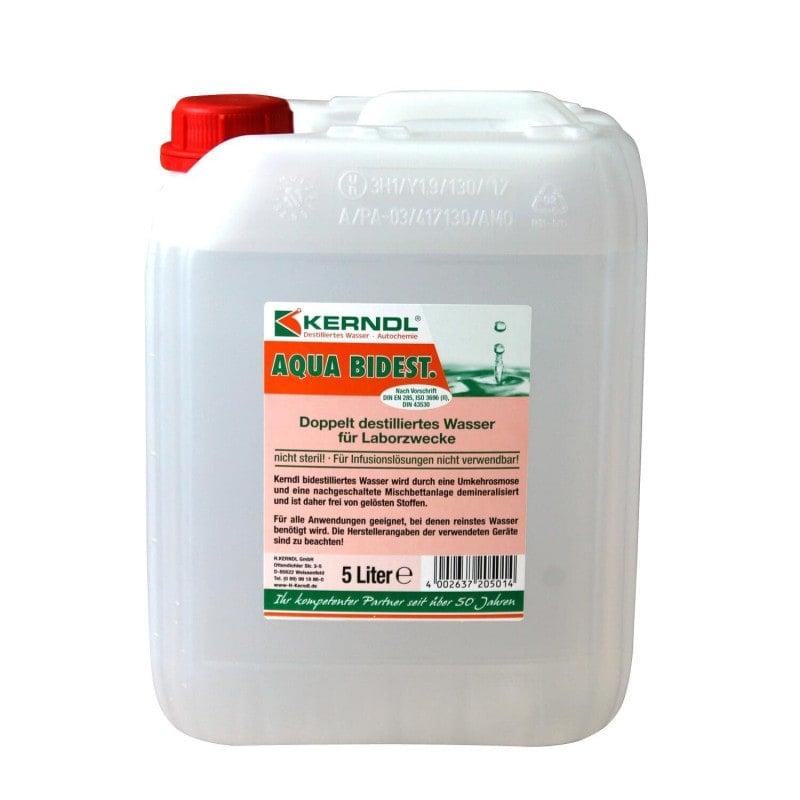 Agua doblemente destilada en un bidón estable de 5 litros de primera calidad