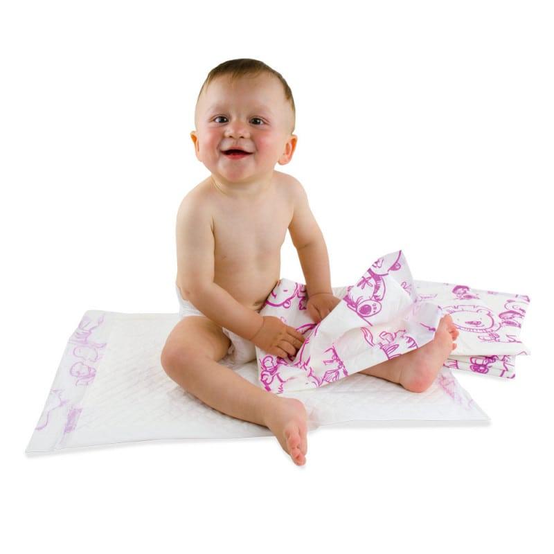 Weiche, saugfähige Wickelunterlagen für Babys mit kindgerechtem Motivdruck