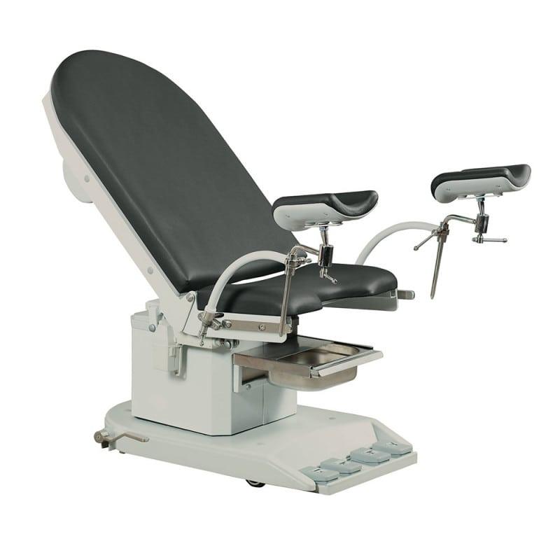 Der Stuhl kann unkompliziert auf 2 Fußauflagen umgestellt werden