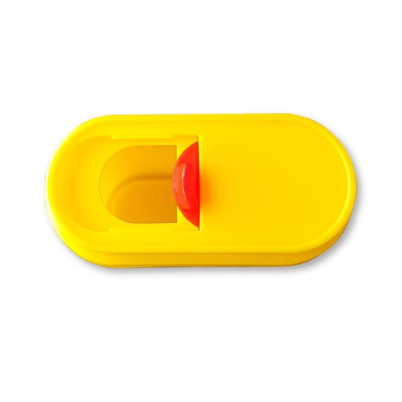 Clipser le couvercle pour le rouvrir ou le refermer.