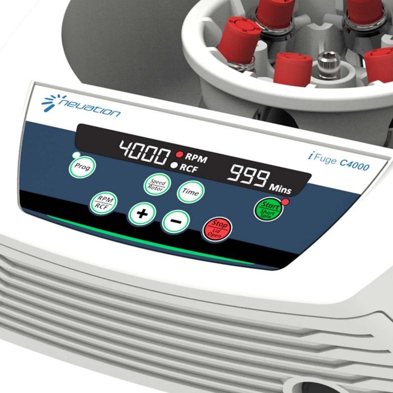 Fácil operación gracias al panel de control intuitivo y a la pantalla digital
