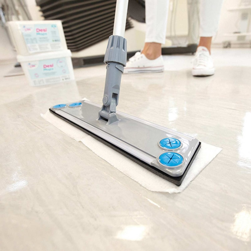 Available for areas of 20 m² (white) or 35 m² (blue) per disposable mop