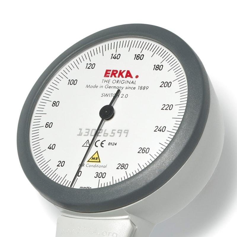 https://static.praxisdienst.com/out/pictures/generated/product/3/800_800_100/erka_switch_2_0_blutdruckmessgeraet_402096_detail.jpg