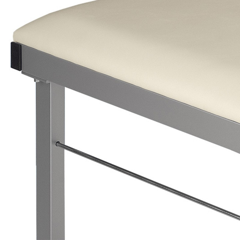 Silver-metallic frame (RAL 9006) and crossbar for extra durability