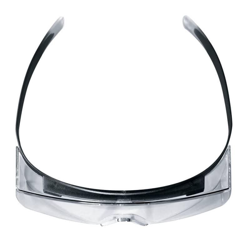 Die Schutzbrille kann problemlos als Überbrille verwendet werden