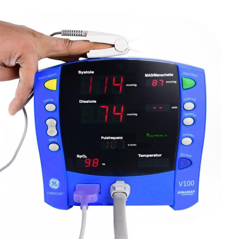 Zur Überwachung von Blutdruck, Puls und Sauerstoffsättigung