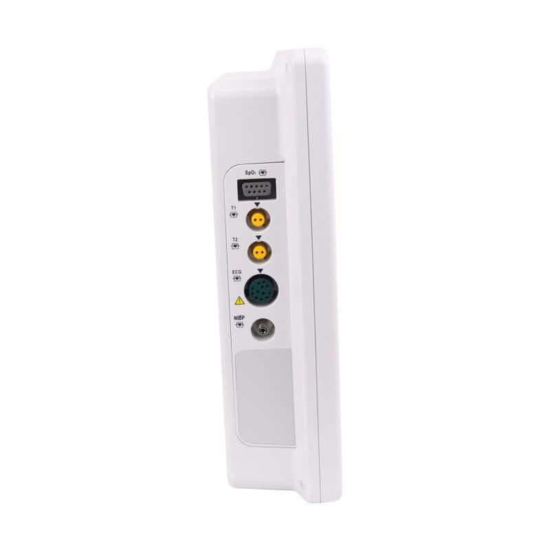 Diversas conexiones para sensores, fuente de alimentación y USB