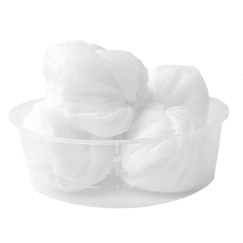 Contiene 6 torundas de material no tejido (tamaño huevo) y una recipiente graduado transparente