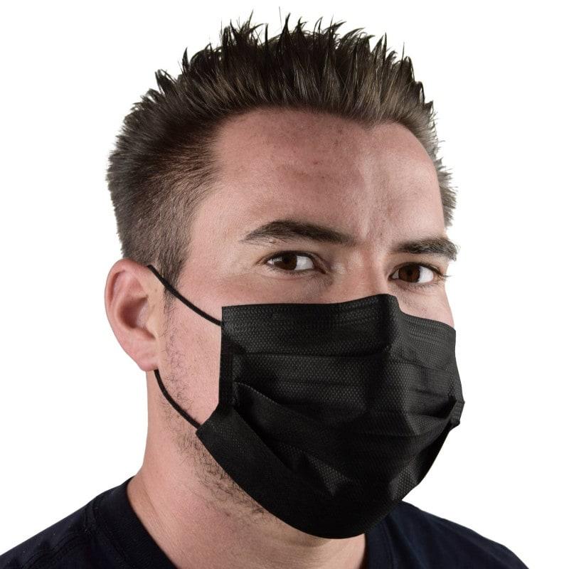 Mit langem Nasenbügel zur Anpassung an das Gesicht des Trägers