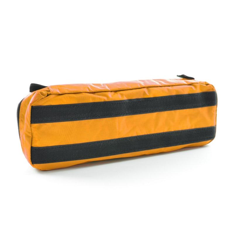 Nylon-Tasche mit praktischer Klett-Befestigung an der Rückseite