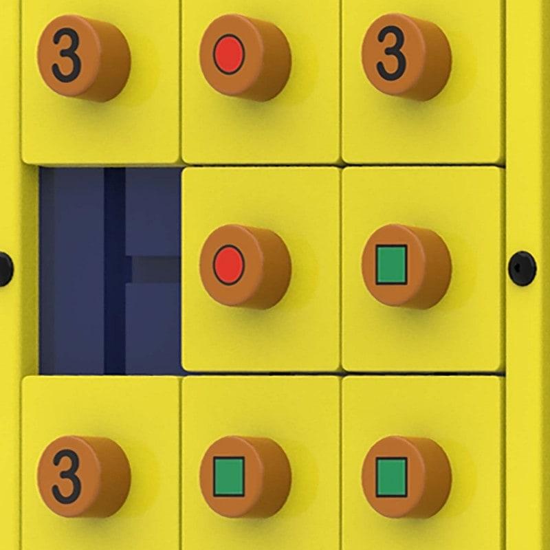 Mit Schiebespiel, basierend auf Tic Tac Toe