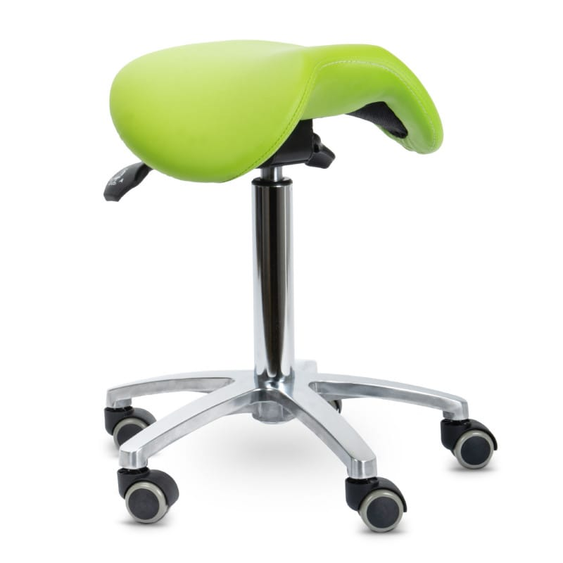 Met een stabiel chromen frame, de zithoogte is in te stellen tussen 53 cm en 73 cm
