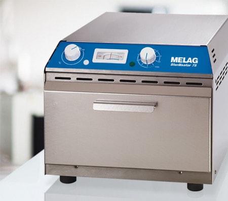 Heißluftsterilisator zur Aufbereitung von Instrumenten