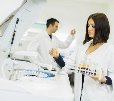 Tischzentrifuge im Labor