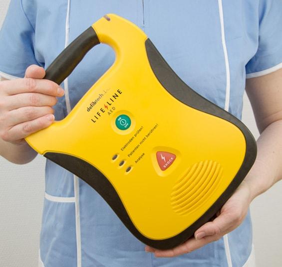AED Lifeline Defibrillator