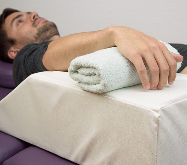 Aide au positionnement et matériel de positionnement pour physiothérapie, hôpitaux et blocs opératoires