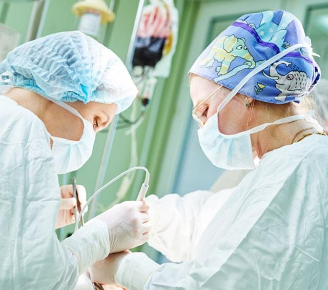 Cuffie colorate in stoffa e cuffie chirurgiche monouso