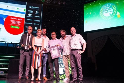 Die Verleihung des Shop Usability Awards an Praxisdienst